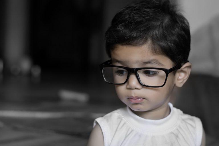 Bolondos és trendi szemüvegek: körkép gyermekeknek
